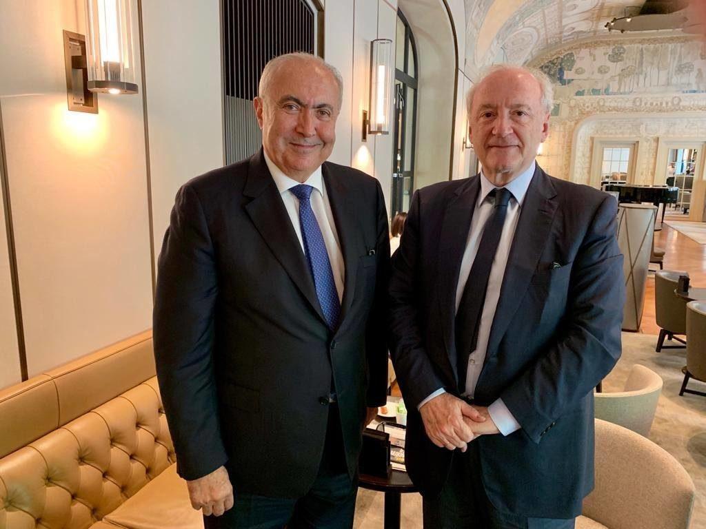 فؤاد مخزومي و وزير خارجية فرنسا الأسبق هوبر فيدرين