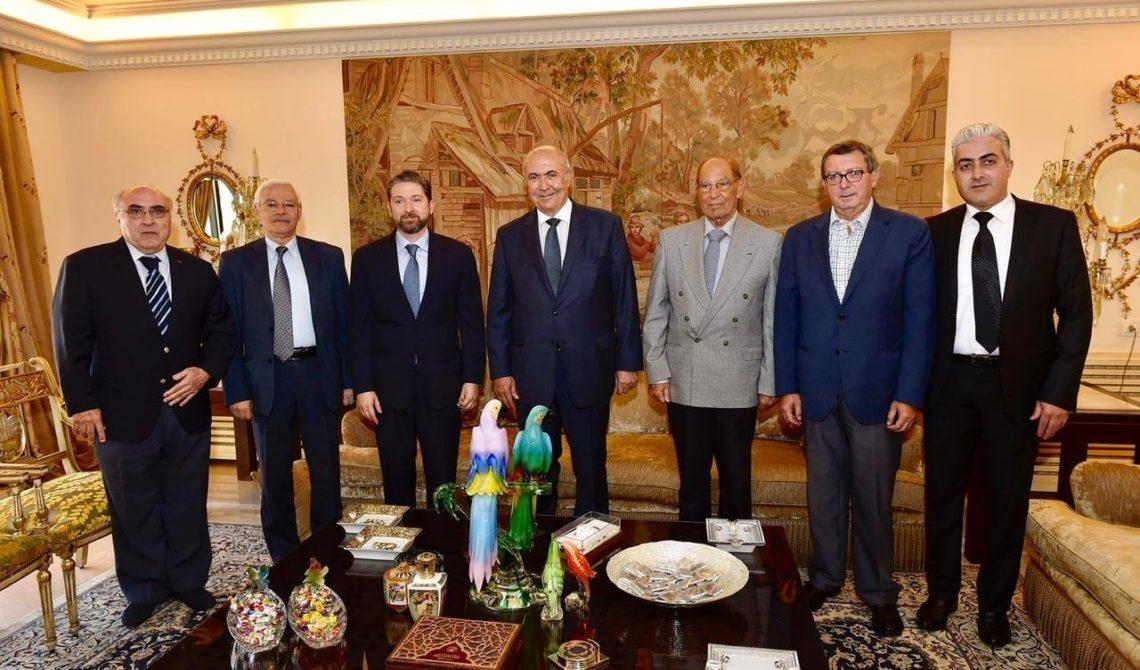 فؤاد مخزومي و الوزير فيصل كرامي