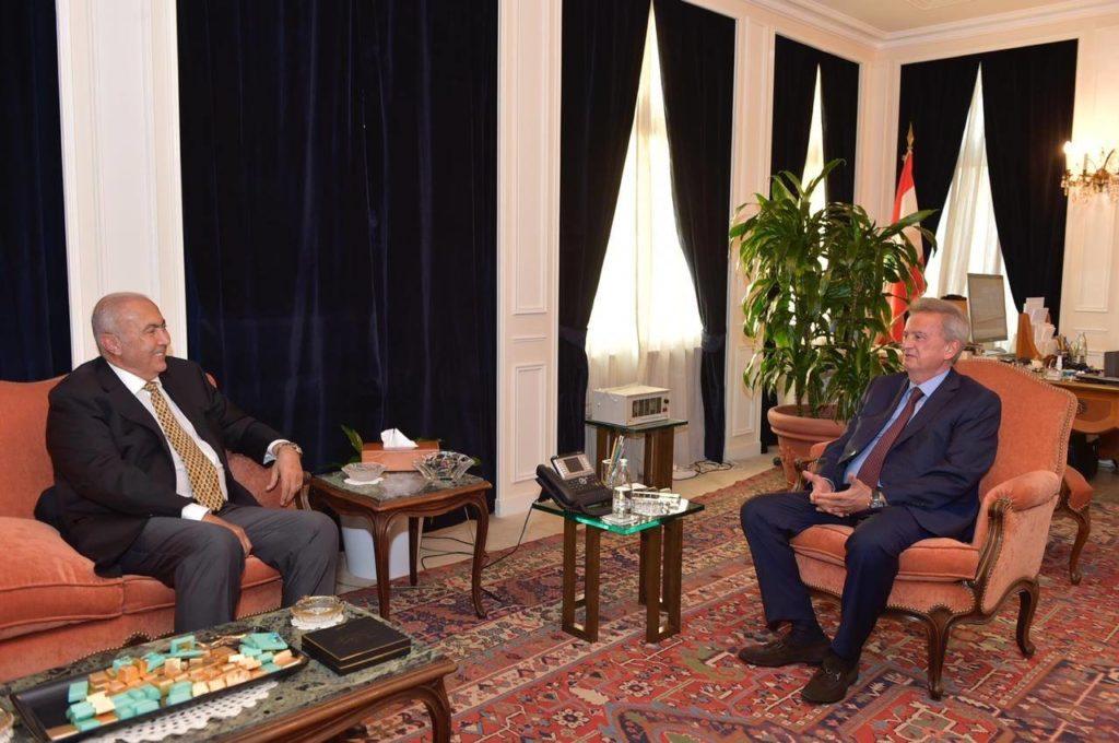 فؤاد مخزومي و حاكم مصرف لبنان رياض سلامة