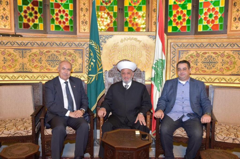 فؤاد مخزومي والشيخ عبد اللطيف دريان