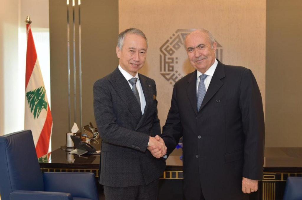 فؤاد مخزومي و سفير اليابان تاكيشي أوكوبو