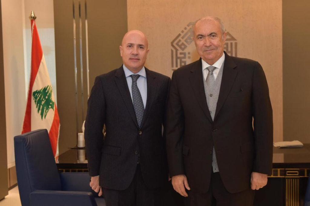 فؤاد مخزومي و سفير الأرجنتين في لبنان موريسيو أليس