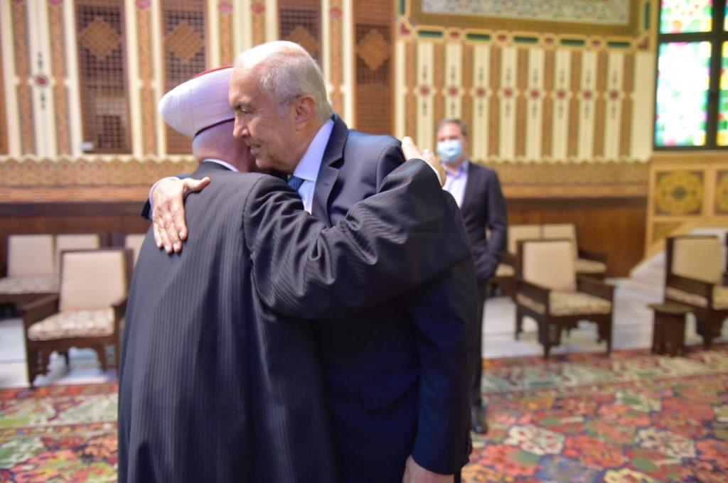 فؤاد مخزومي ومفتي الجمهورية الشيخ عبد اللطيف دريان