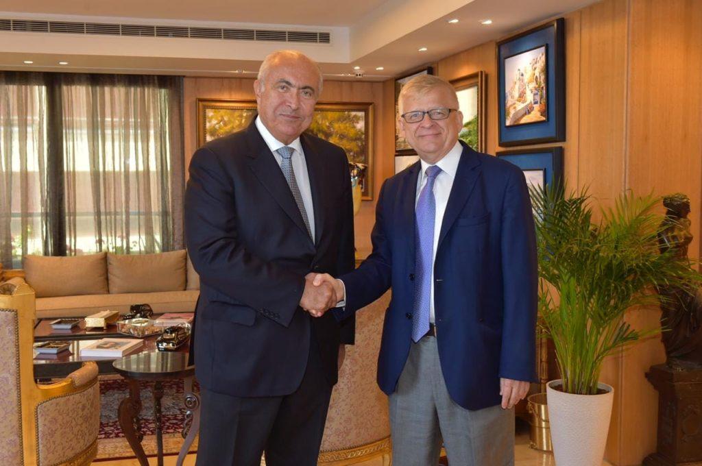 فؤاد مخزومي والسفير الروسي الكسندر زاسبكين